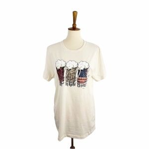 NWT Red White and Brew Short Sleeved Graphic Tee